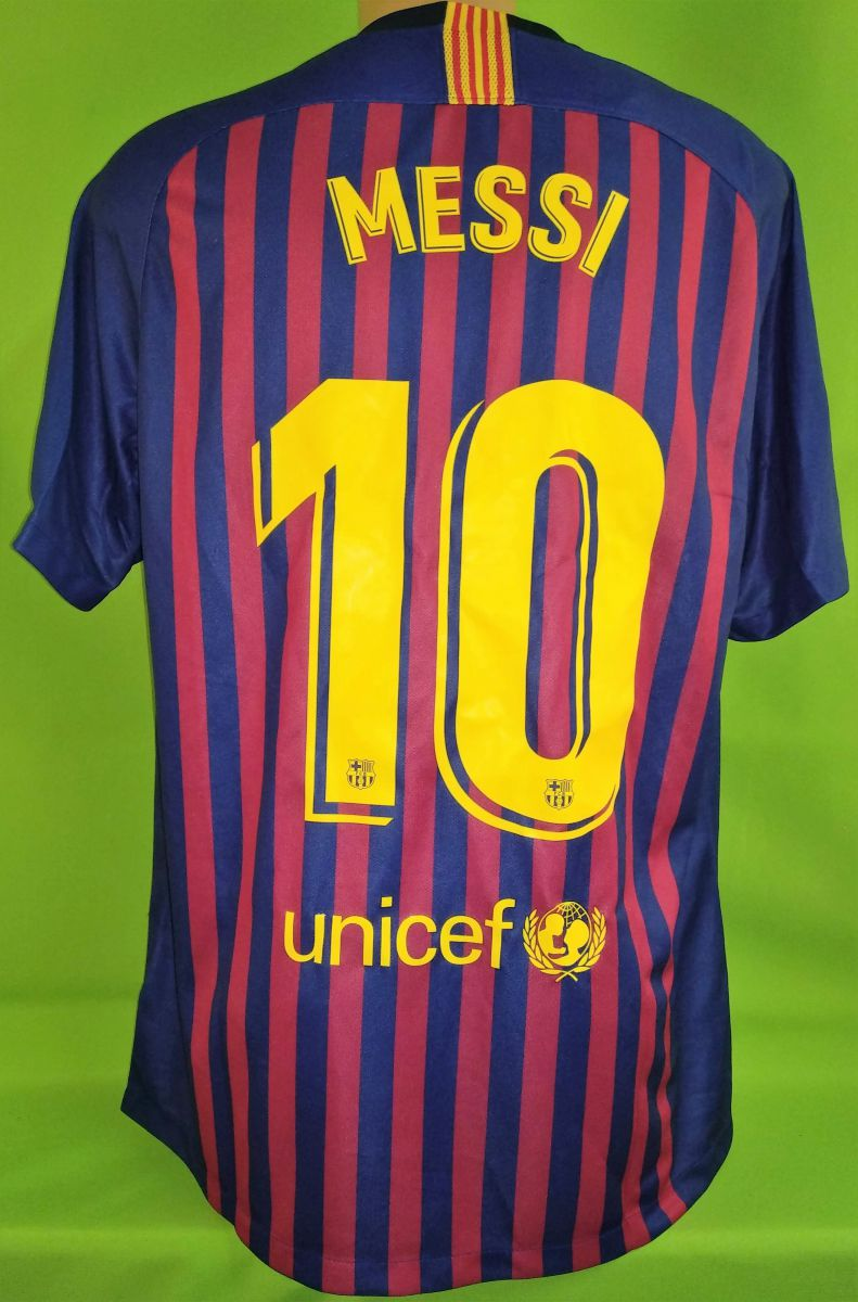 best service ddbf2 6c0ef Lionel Messi - Barcelona FC - merchandise